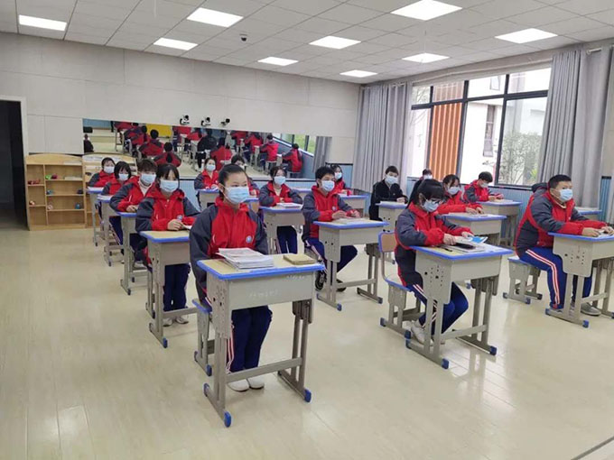 贵州高三、初三学生开学第一天
